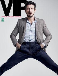 João Vicente é a capa de agosto da revista VIP