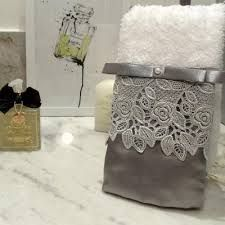 decorative hand towels set of 2 - PIPicStats Bathroom Towels, Kitchen Towels, Bath Towels, Tea Towels, Decorative Hand Towels, Luxury Towels, Hand Towel Sets, Hobbies And Crafts, Soft Furnishings
