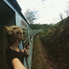 Train journeys in Sri Lanka..... . . .  cr > @kells159