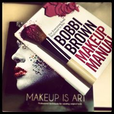 Makeup Artist must have reading material such inspirational looks and makeup tricks tips! Eye Makeup Tips, Makeup Kit, Makeup Tools, Makeup Brushes, Makeup Tricks, Makeup Artist Kit, Freelance Makeup Artist, Professional Makeup Artist, Makeup Artistry