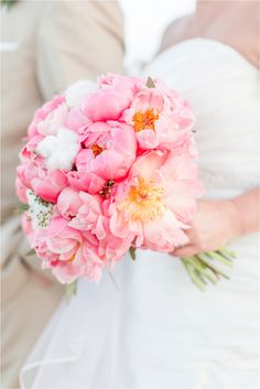 Charleston Wedding Photographer | Destination Wedding | Charleston Wedding | Peonies and Cotton