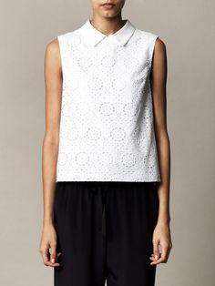 Ar  Sleeveless broderie anglaise top