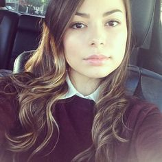 miranda-cosgrove-twitter-instagram-personal-photos-january-2014-collection_1.jpg (800×800)