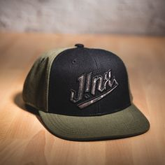J!NX CAMO PREMIUM SNAP BACK HAT Gamer Gifts, Snap Backs, Cool Gifts, Camo, Guys, How To Wear, Camouflage, Military Camouflage, Sons
