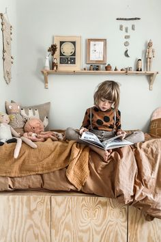 The natural room of our six year olNatural style kids room copyright 2018 Anna Malmberg