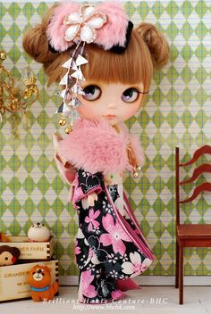 BHC Kimono in Black Sakura dress set for Kenner Blythe doll dress /outfit in Dolls & Bears, Dolls, By Brand, Company, Character Tiny Dolls, Ooak Dolls, Blythe Dolls, Art Dolls, Doll Dress Patterns, Valley Of The Dolls, Doll Repaint, Kawaii, Ball Jointed Dolls