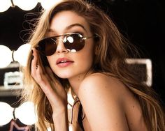 ImageFind images and videos about model, celebrity and gigi hadid on We Heart It - the app to get lost in what you love. Tommy Hilfiger, Bella Gigi Hadid, Gigi Hadidi, Gisele Bündchen, She Is Gorgeous, Beautiful, Vogue, Famous Models, Cindy Kimberly