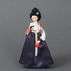 Court Lady Doll (blue-dress)