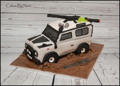 Copy of clients sons car with his zombie gun and a few beers as you do! Train Cakes, Gravity Defying Cake, Car Cakes, Car Themes, Novelty Cakes, Transport, Awesome Cakes, Edible Art, Cakes And More