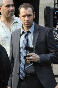 donnie wahlberg on the set of blue bloods. he's even hotter now than he was in his NKOTB days.