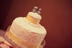 Robot cake toppers...too cute!      Etsy seller Lubu - http://www.etsy.com/people/lubu