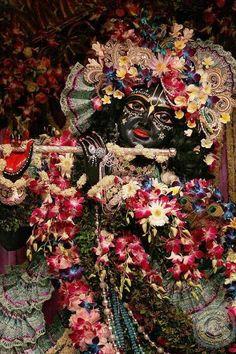 Latest wallpapers of shree krishna – Gallery of God Radha Krishna Songs, Krishna Lila, Krishna Hindu, Krishna Statue, Cute Krishna, Lord Krishna Images, Radha Krishna Pictures, Radha Krishna Photo, Radhe Krishna