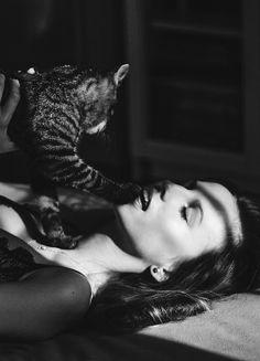 Cat byWeronika Mamot - LittleFlair #black #photo