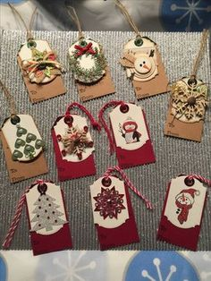 Ideas for making Christmas gift tags Christmas Gift Wrapping, Christmas Paper, Handmade Christmas, Handmade Gift Tags, Ideias Diy, Craft Fairs, Craft Gifts, Christmas Crafts, Card Tags