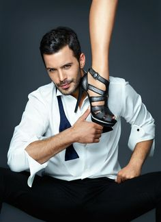 Baris Arduc as Omer Iplikci, a shoe designer and CEO of a design firm, in the Turkish TV series KIRALIK ASK, Great chemistry between the stars Elcin Sangu and Baris Arduc. One of the very best TURKISH series I have seen. Turkish Fashion, Turkish Beauty, Stylish Girls Photos, Girl Photos, Cosmopolitan, High End Shoes, Tv Awards, Boy Photography Poses, Sexy Legs And Heels