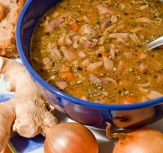 Tripe soup is very popular in Balkan Peninsula, Bulgaria, Macedonia, Greece, Croatia. It is inevitable part of cuisine of these people. Mexican Food Recipes, Healthy Recipes, Ethnic Recipes, Tripe Soup, Kidney Friendly Foods, Macedonian Food, Cooking Together, Stuffed Sweet Peppers, Different Recipes
