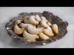 Közelítő tél, vanília illat - Hókifli (Szécsi Szilvi) - YouTube Youtube, Food, Essen, Meals, Youtubers, Yemek, Youtube Movies, Eten