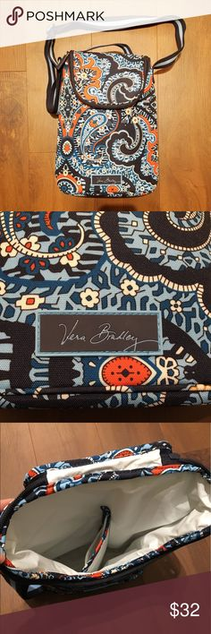 Vera Bradley cooler EUC! Great cooler for carrying summer beverages and snacks! Vera Bradley Bags Travel Bags