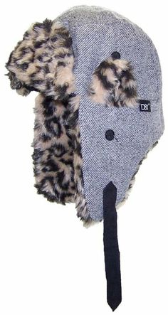 92f010374d07d Amazon.com  David   Young Tweed Russian Trapper Winter Hat with Animal  Print Faux Fur (One Size) - Blue  Clothing