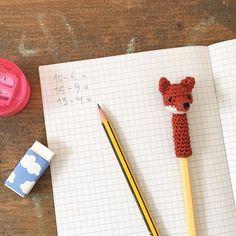 Crochet cute animal heads for pencils yourself - Stricken & häkeln - hakeln Diy Bracelets With Names, Bracelet Tattoo For Man, Bracelets For Boyfriend, Knitting Patterns, Unicorn Cookies, Pencil Toppers, Dog Crafts, Bracelet Crafts, Amigurumi