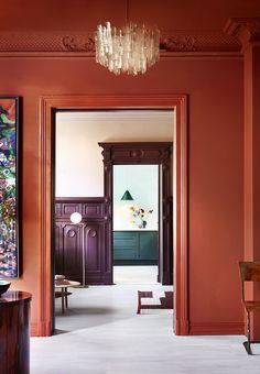 Brug lækre, dæmpede farver til at skabe en personlig indretning med et varmt udtryk.