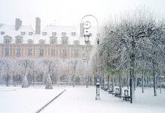 My favourite place in Paris, Place des Vosges.......