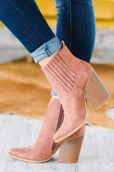 Wedge Boots, Women's Boots, Brown Boots, Shoe Boots, Cute Shoes, Me Too Shoes, How To Wear Ankle Boots, Fall Ankle Boots, Best Cardigans