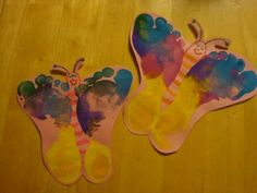 footprint butterflies~ Sara Mathre, this would go cute with your butterfly theme!!!