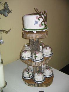 Rustic Minicake Stand