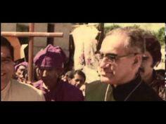 Documental sobre Monseñor Romero http://padrefabian.com.ar/monsenior-romero-la-voz-de-los-que-no-tienen-voz/ Creo que es una figura que nos robaron y que debemos volver a rescatar los católicos de las garras ideologizadas de ciertos sectores. La misma suerte ha tenido Mons. Angelelli.