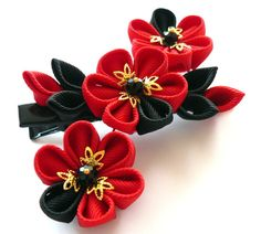 Kanzashi fabric flower hair clip. Black and red. by JuLVa on Etsy