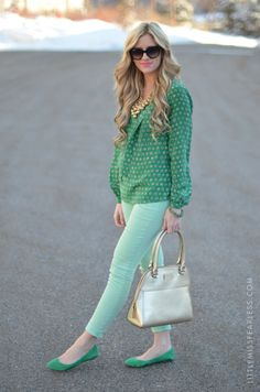 emerald green outfit, colored pants, spring colors, mint, emerald top, poppi, spring outfits