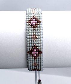Beaded loom bracelet with tassel. Handmade loom bracelet is made with highest quality Japanese Toho seed beads of glass. Beaded Braclets, Bead Loom Bracelets, Bracelet Crafts, Unique Bracelets, Woven Bracelets, Beaded Earrings, Earrings Handmade, Loom Bracelet Patterns, Beaded Jewelry Patterns