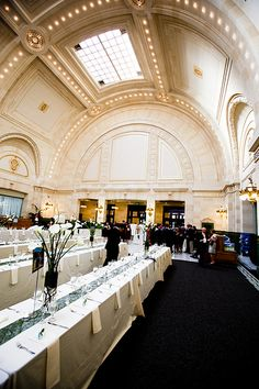 The Great Hall at Union Station in the heart of downtown Seattle is a gorgeous location for a Washington State winter wedding | Photography by La Vie Photography