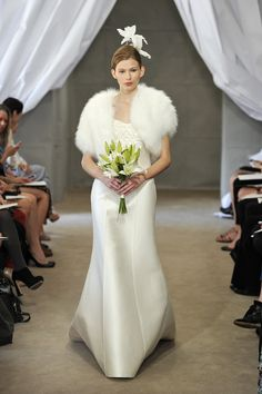 Carolina Herrera 19 | Weddingbells.ca