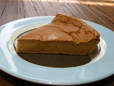 No fuss, no crust with this fat-free crustless pumpkin pie, made with tofu. It's #vegan too!