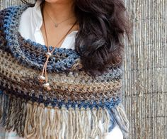 Bo-M / Crochet Ideas And Tips - Juxtapost - Diy Crafts - hadido Crochet Woman, Knit Or Crochet, Crochet Scarves, Crochet Shawl, Crochet Clothes, Crochet Collar, Crochet Accessories, Loom Knitting, Crochet Projects