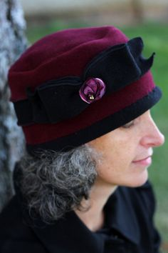 Kathy is the warmest hat you can imagine. This hat is made from the best quality, original polar fleece, milled in Massachusetts. It is fully lined