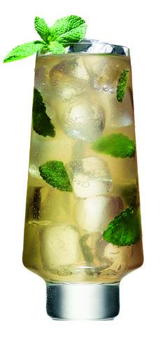 Simple cocktail recipe | Perfect summer mojito.