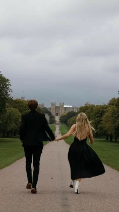 Cute Relationship Goals, Cute Relationships, Cute Couples Goals, Couple Goals, The Love Club, Teen Romance, Slytherin Aesthetic, Old Money, Photo Couple