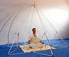 http://www.shambhalahealingtools.com/Buddha-Maitreya-the-Christ-Shambhala-Star-Mat-p/mat-star.htm Meditation in a Metatron Pyramid!