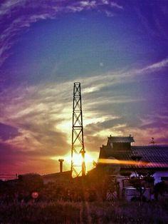 I accidentally took a picture of a heart shape Sun ,,,,,,,, lol ,,,,,,,, I think so! — #sun #sunset #heartshape #andrography #photography #streamzoo • MyajaTani on Streamzoo