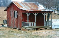 Considering a garden shed? Thinking about building it yourself? Then before you embark on your project make sure you have a reliable shed plan for the design Rustic Shed, Wood Shed, Shed Cabin, Tiny House Cabin, Backyard Sheds, Backyard Retreat, Garden Sheds, Garden Tools, Shed With Porch