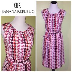 Banana Republic jersey dress with belt Gorgeous and in fantastic used condition Banana Republic Dresses