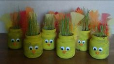 Pääsiäinen Spring Crafts For Kids, Autumn Crafts, Crafts For Kids To Make, Projects For Kids, Holiday Crafts, Diy And Crafts, Toddler Crafts, Preschool Crafts, Toys From Trash
