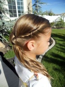 Fun hair style ideas: braids, twists, and buns for girls.