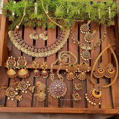 Gold Finish Temple Jewellery Collection By The South India Jewels! Varun Tej, Indian Temple, South India, Temple Jewellery, Antique Jewellery, Necklace Designs, Indian Jewelry, Jewelry Collection, Jewelry Design