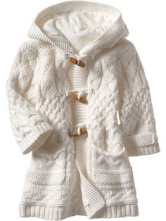 Free knitting pattern for baby Aran coat (in Russian) Aran Knitting Patterns, Knitting Needles, Baby Sweaters, Girls Sweaters, Knitting For Kids, Free Knitting, Knitted Coat, Coat Patterns, Warm Outfits