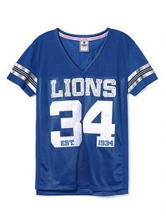 Detroit Lions awesome love it Christmas Mom, Christmas Ideas, Team Apparel, Detroit Lions, Sexy Bra, Football Season, Victoria's Secret Pink, Women Lingerie, Funny Shirts