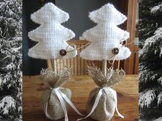 DIY Home; diverse projecten voor de decembermaand - DIY Home and Garden Crochet Tree, Crochet Christmas Ornaments, Holiday Crochet, Christmas Items, Diy Crochet, Christmas Crafts, Christmas Decorations, Crochet Decoration, Craft Fairs